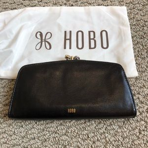HOBO New Black Small Wallet with Dust Cover